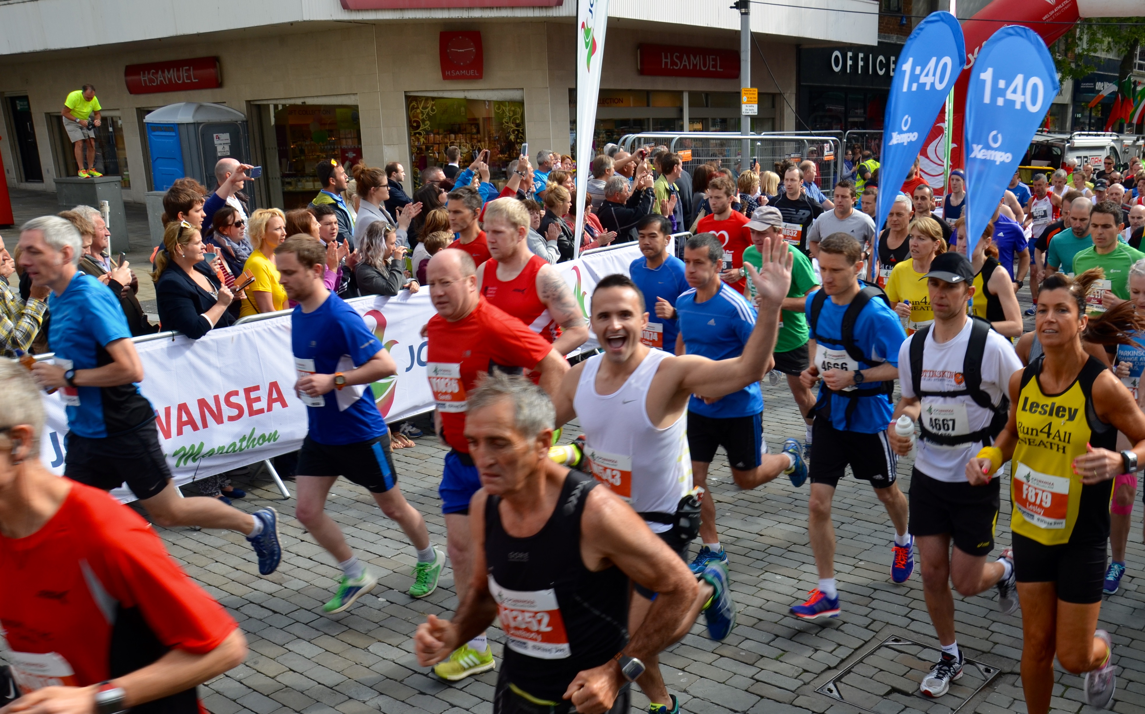 Pacers Help Runners Get their Speed Just Right For The JCP Swansea Half Marathon 2016